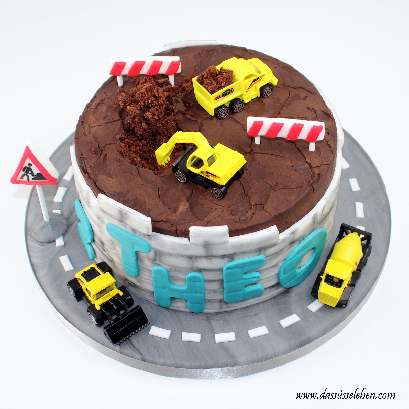 Bagger Torte Fur Kinder Kindergeburtstagstorte Geburtstagskuchen Kind Kaffee Und Kuchen
