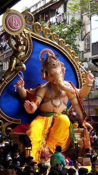 Chinchpokli Cha Chintamani 2014 Chinchpoklichachintamani 2014 Chintamani Firstlook Ganpatibappamorya Agman Ganeshchaturti Ganesha Wonder Woman Ganesh