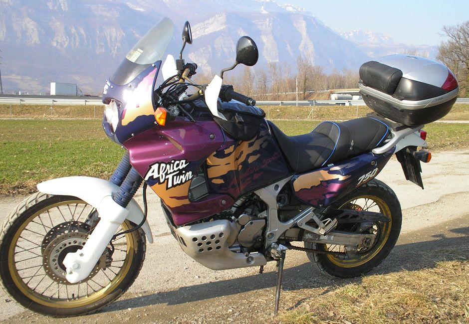 Honda Africa Twin Classic Motos