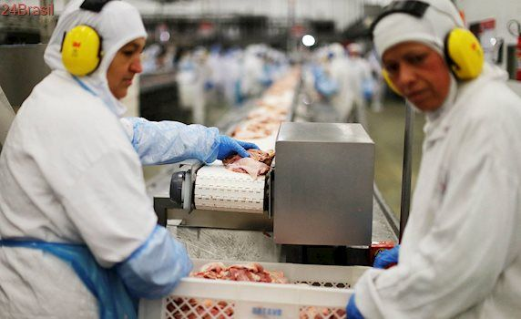 Carne Fraca: JBS suspende produção de carne bovina em 33 unidades