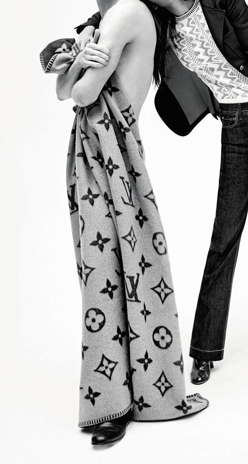 fashion and bones