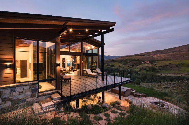 Elegant mountain contemporary home in Colorado radiates with warmth #housedesign