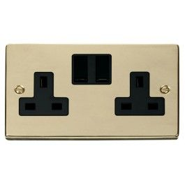 Deco 13a 2 Gang Dp Switched Uk Socket Outlet Twin Earthed With Black Insert Vpbr Front Plastic Lights Sockets Hanover House