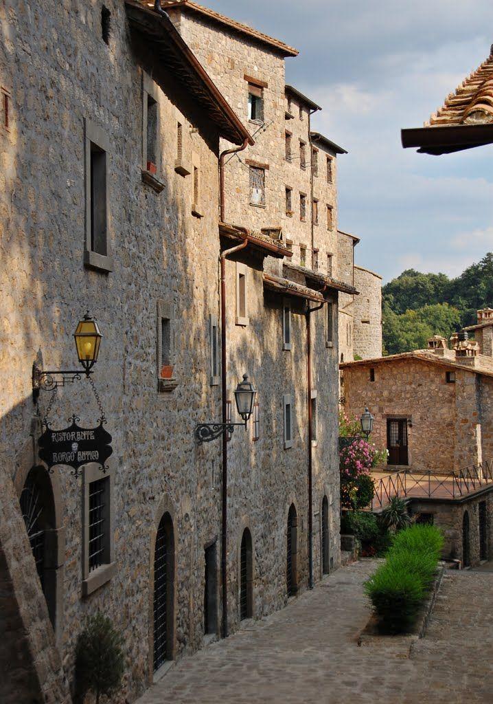 Il di Bassano in Teverina Italia, Città, Turismo