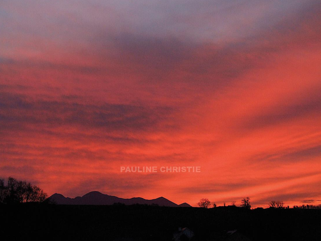 Red Sky Over Carrauntoohil By Pauline Christie Red Sky Landscape Photography Landscape