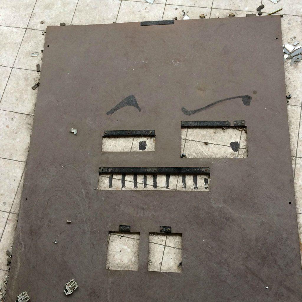 7wall - Vošiel do opustenej budovy, ČO tam objavil ho uchvátilo. Našťastie sa tam vrátil s foťákom.