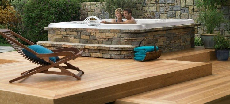 jacuzzi ext rieur sur terrasse ou dans le jardin en 57 photos superbes jacuzzi pinterest. Black Bedroom Furniture Sets. Home Design Ideas
