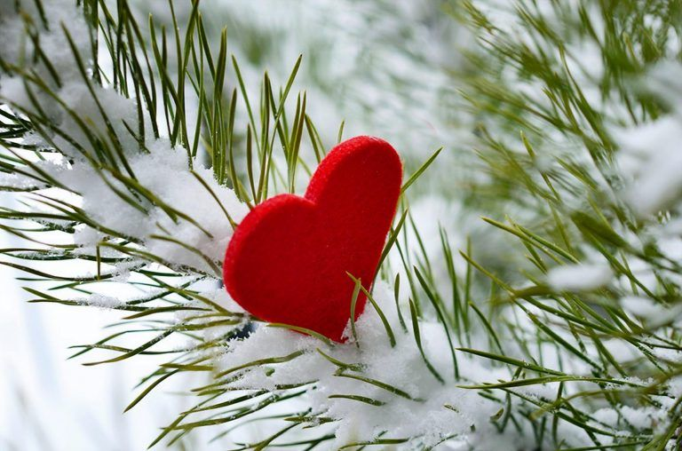 Download Free Winter Love Wallpaper Love Wallpaper Heart Wallpaper Hd Winter Facebook Covers