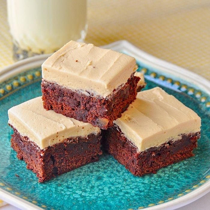 Gingerbread Brownies with Brown Butter Frosting Gingerbread Brownies with Brown Butter Frosting. Soft, moist, brownies with a burst of warm ginger flavour topped with decadent brown butter frosting.#freezercookies