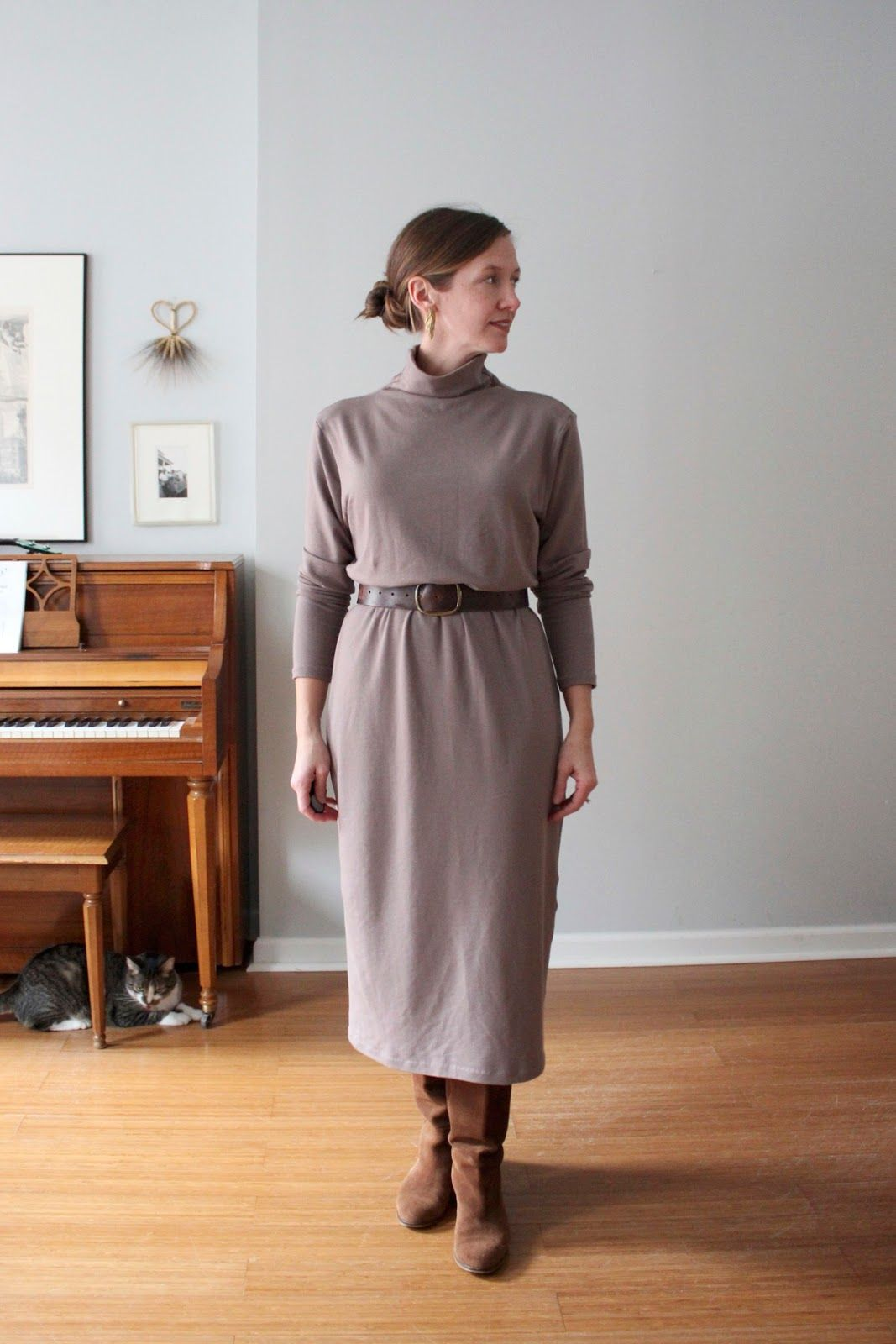 0de4ce225cd Turtleneck Sweater Dress - DIY midi dress - Karl Dress sewing pattern -  SweetKM - Schneidernmeistern