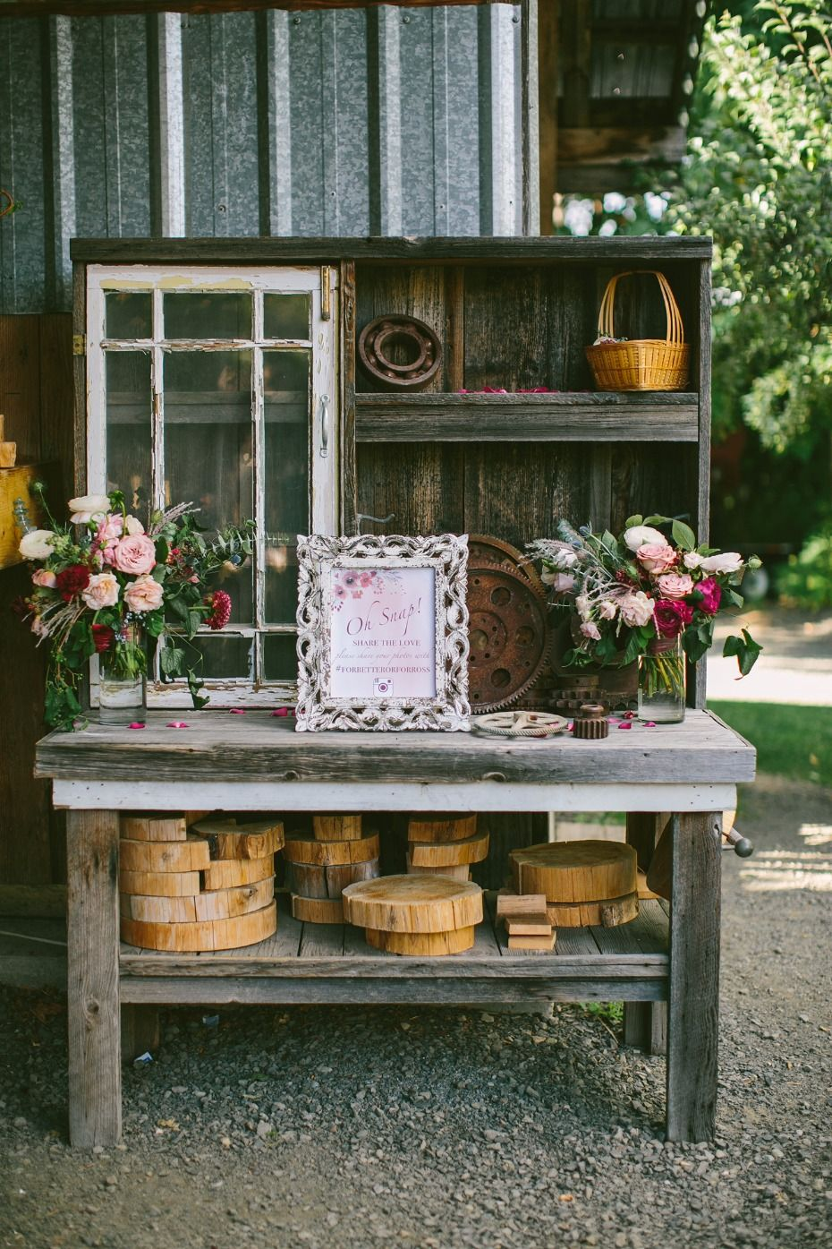 Naturally Chic Outdoor Wedding in Oregon Wedding