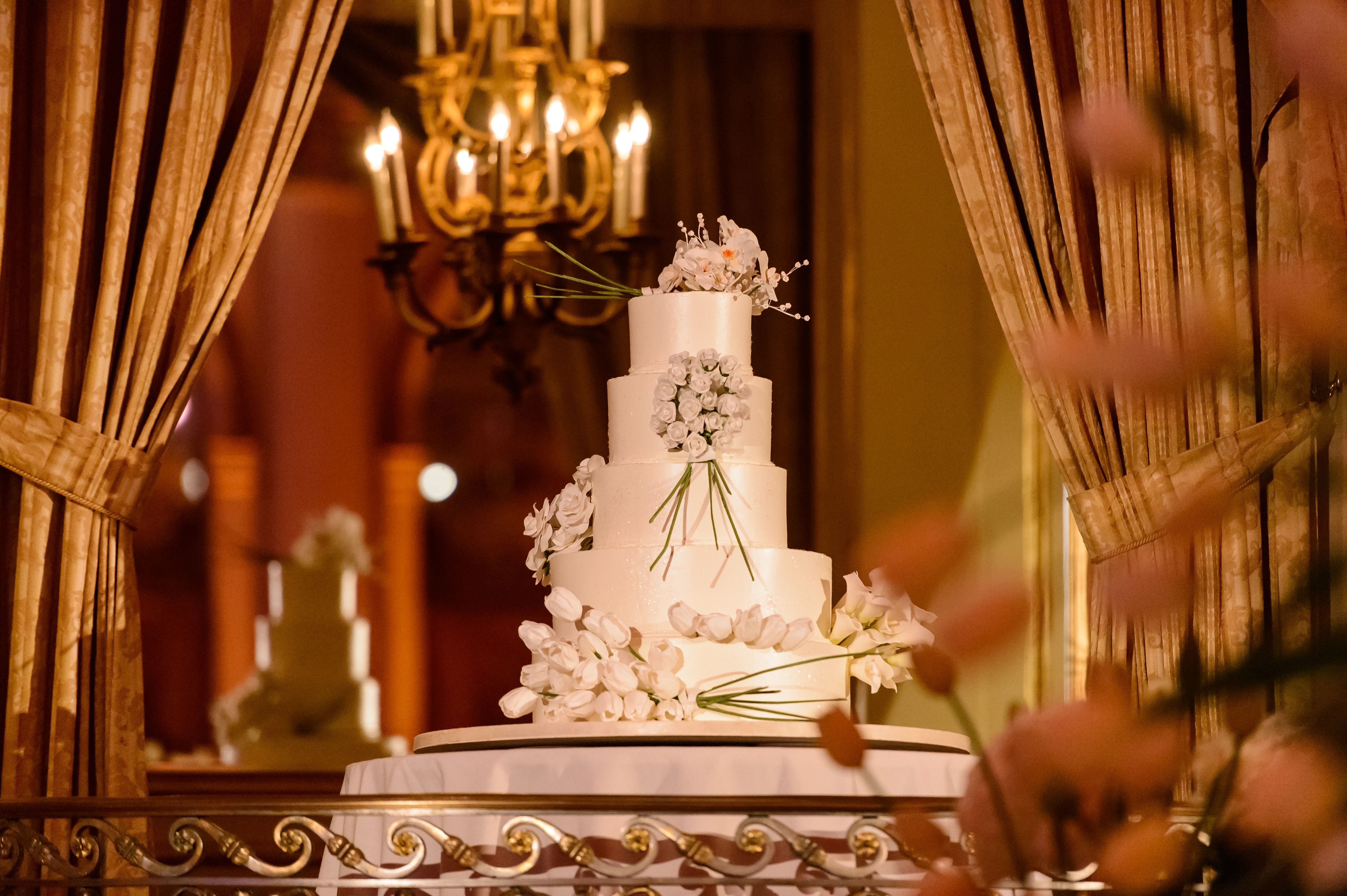 The cake design rosana u brianus spectacular wedding at the plaza