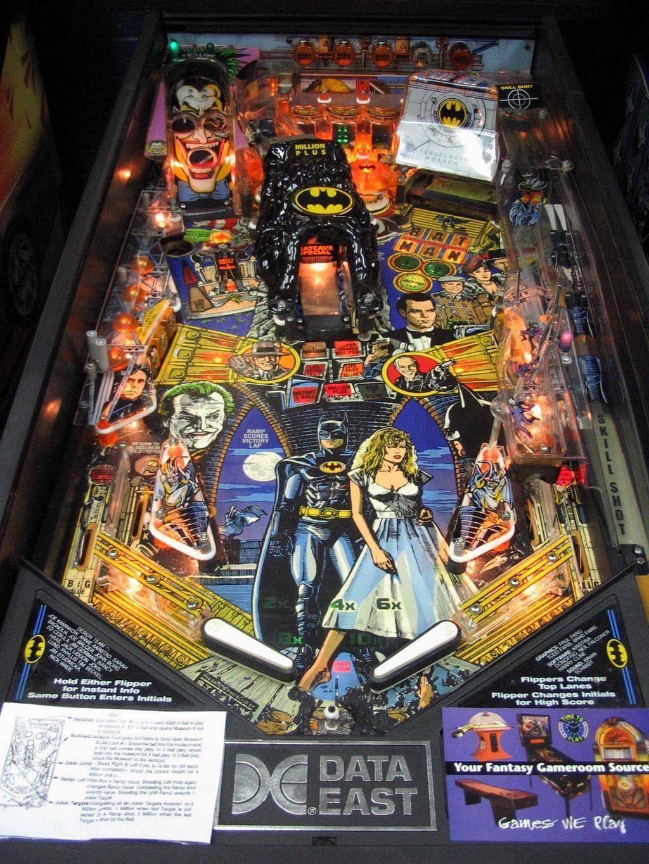 Batman Pinball Machine Retro arcade machine, Pinball