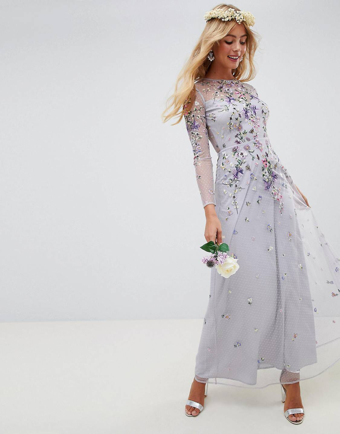 Design long sleeve pretty embroidered maxi dress banquet