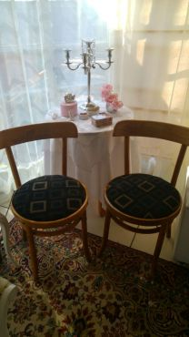 Hi I Am From Krugersdorp And I Want To Sell My Chairs It Is In A