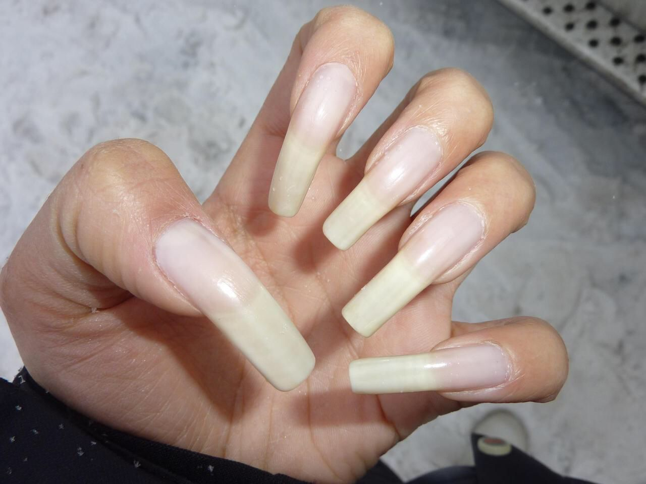 Do you have long nails Free Dating Singles and Personals