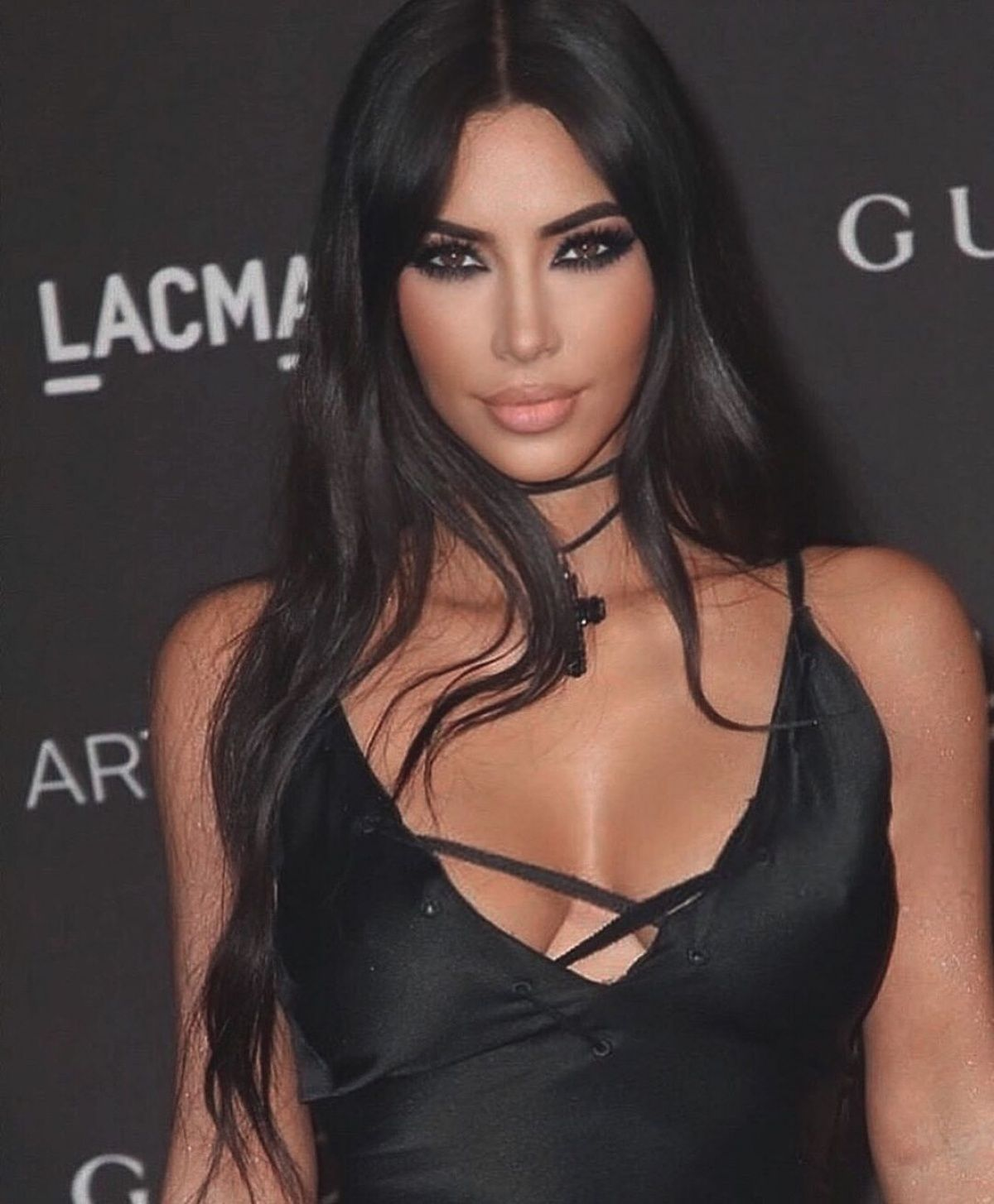 Kim Kardashian Fourth Baby With Kanye West Will Even Family Out Kim Kardashian Says Her Fam Kim Kardashian Makeup Kim Kardashian Wedding Kardashian Makeup