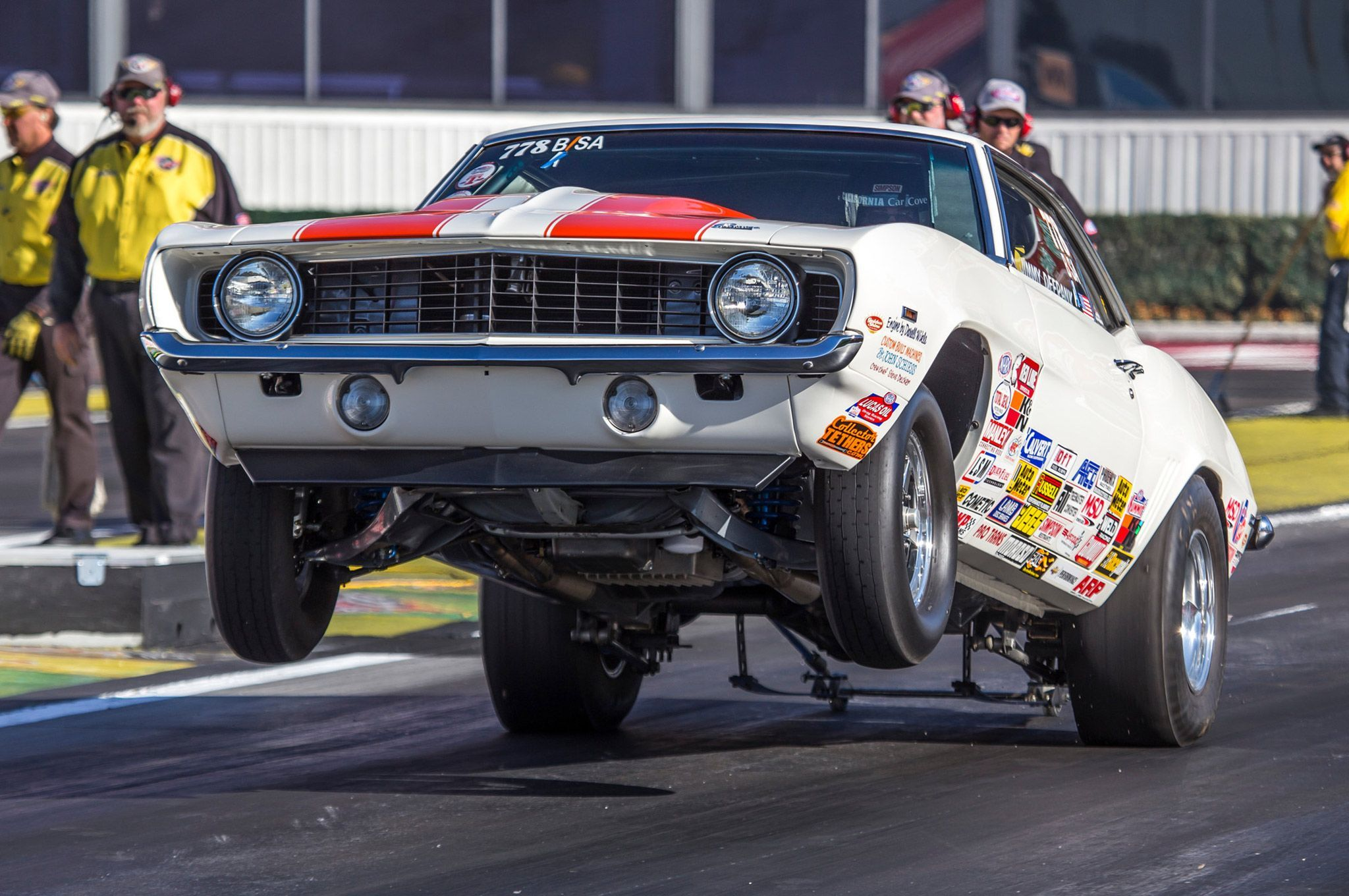 2015-nhra-finals-pomona-chevy-wheelies-06.jpg (2048×1360)