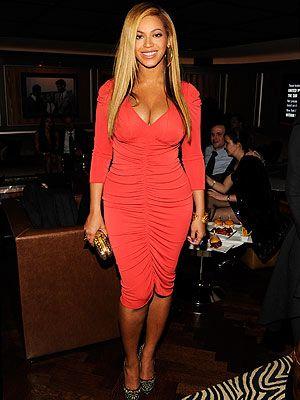 67c1110ce5d1 Beyoncé Celebrates with Jay-Z After His Carnegie Hall Concert