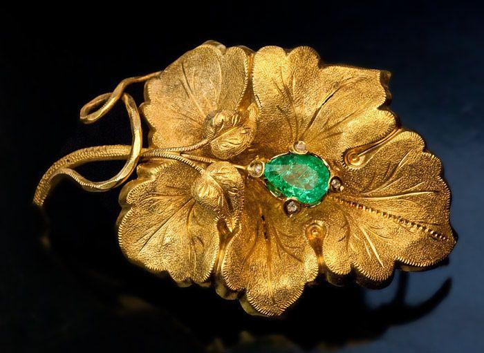 Vintage Austrian Crystal Chrysanthemum Brooch Pin Autumn Gold Orange Topaz Emerald Fall Fashion Jewelry