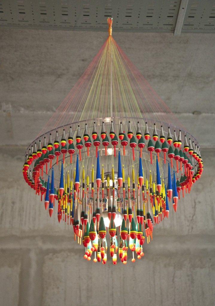 Tweelink design kronleuchter aus angelzubeh r impressive chandelier made from fishing - Kronleuchter mit lampenschirm ...
