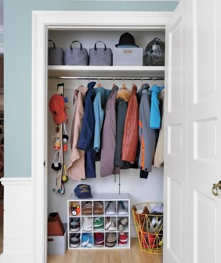 How To Organize The Entryway