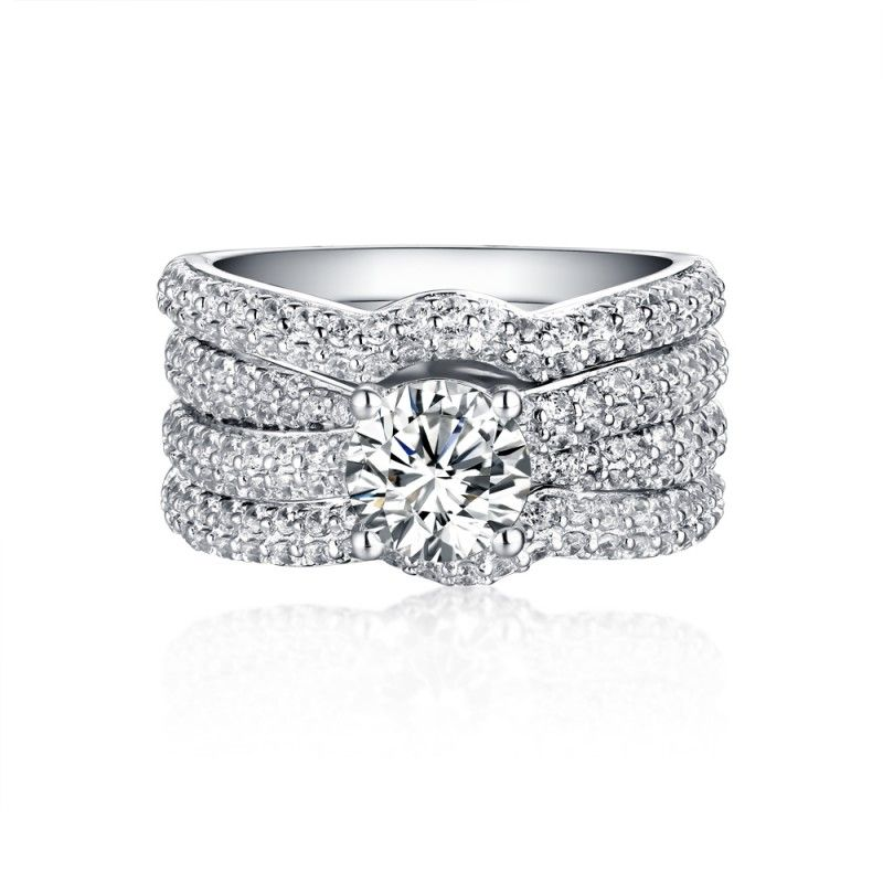 The Best Places To Shop For An Engagement Ring Online No