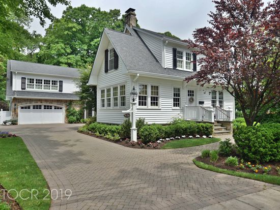 439 Wyckoff Ave Ramsey Nj 07446 Zillow Zillow Custom Built Ins