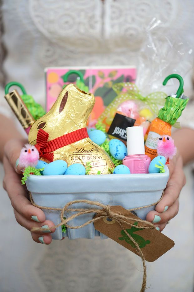 21 cute homemade easter basket ideas filled easter baskets easter repurpose your strawberry basket into an adorable gift filled easter basket negle Image collections