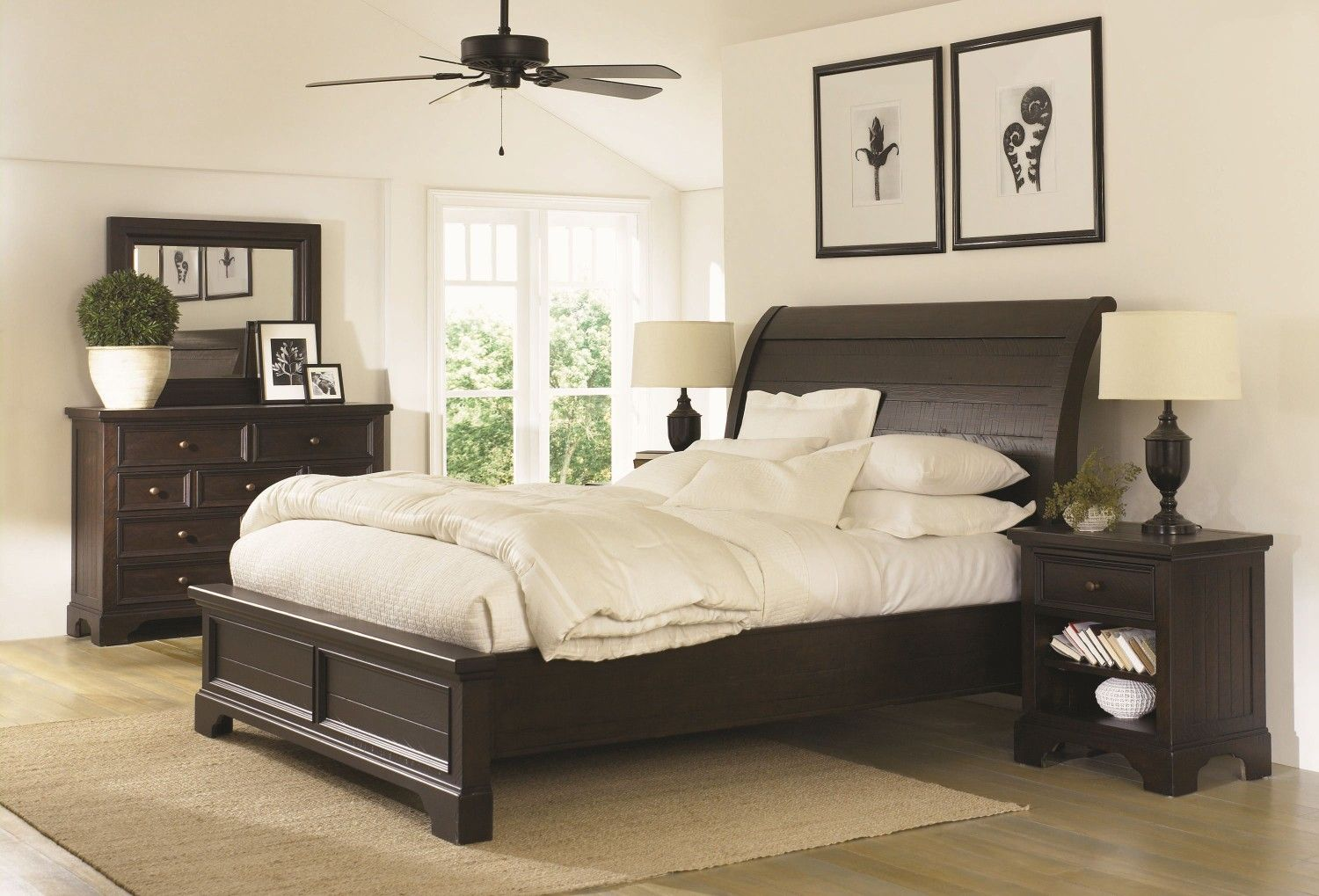 Pin By Stasi Richard On Home Bedroom Furniture Sets Master Bedrooms Decor Mahogany Bedroom