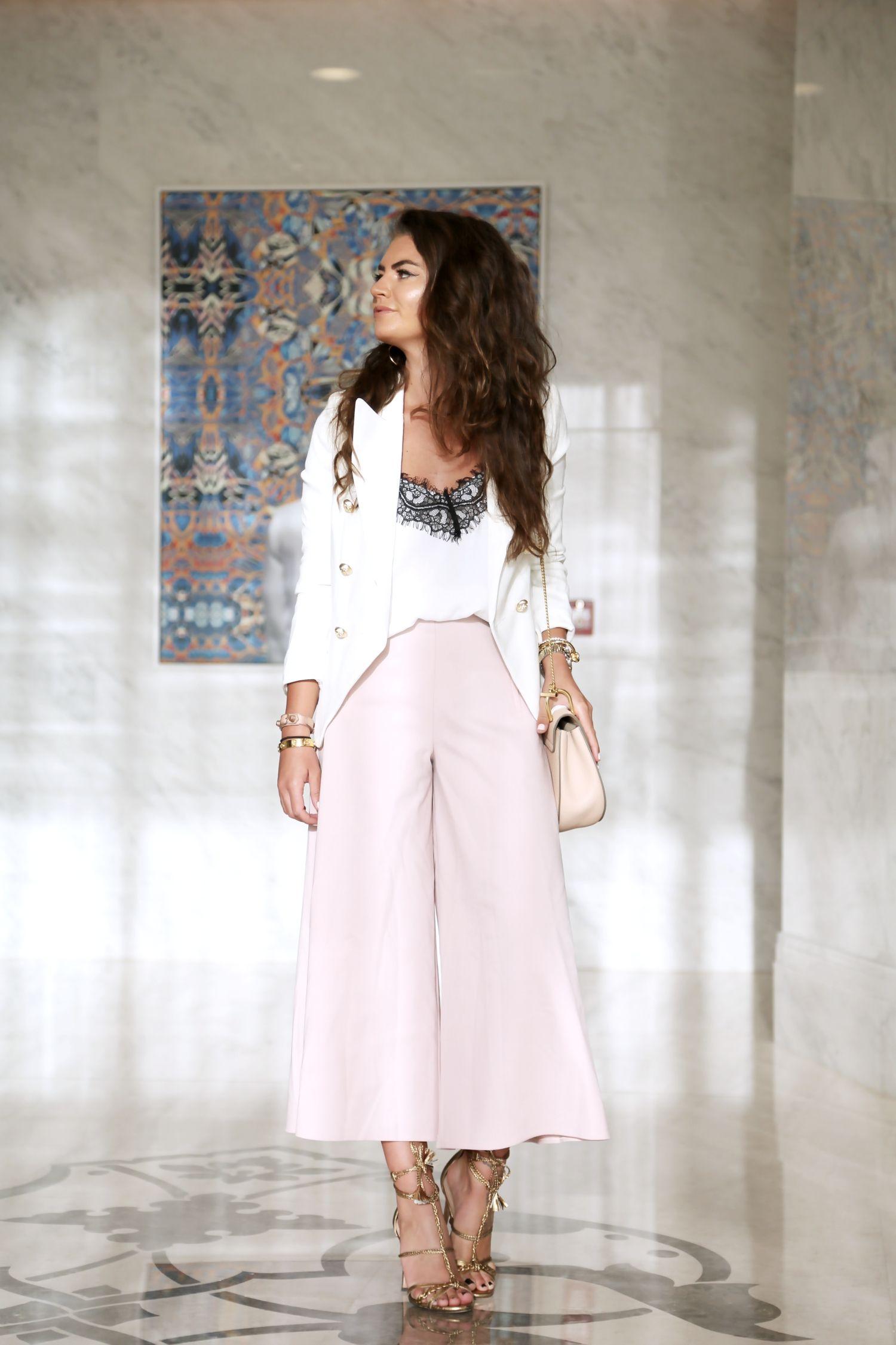 outfit-pink-culottes-lace-top-white-sailor-balzer-chloe-drew-bag-golden-pura-lopez-sandals