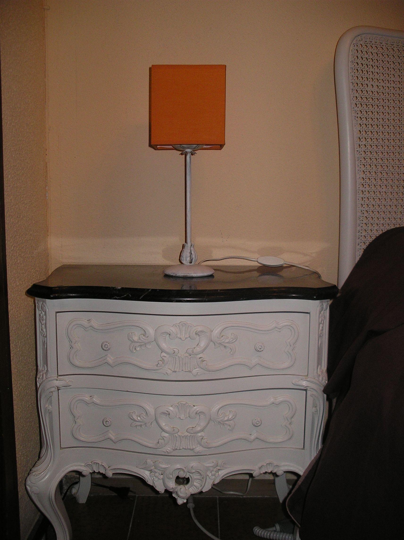 Mesa de noche | Muebles transformados por mí | Pinterest | Mesita de ...