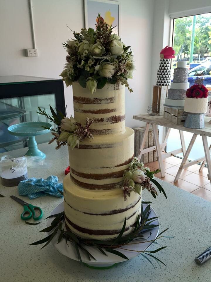 wedding receptions gold coast qld%0A Opium Wedding Flowers  Gold Coast  Qld  Australia  Cakes by Delicious By  Sara