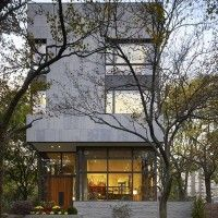Lake Shore Drive House by Wheeler Kearns Architects