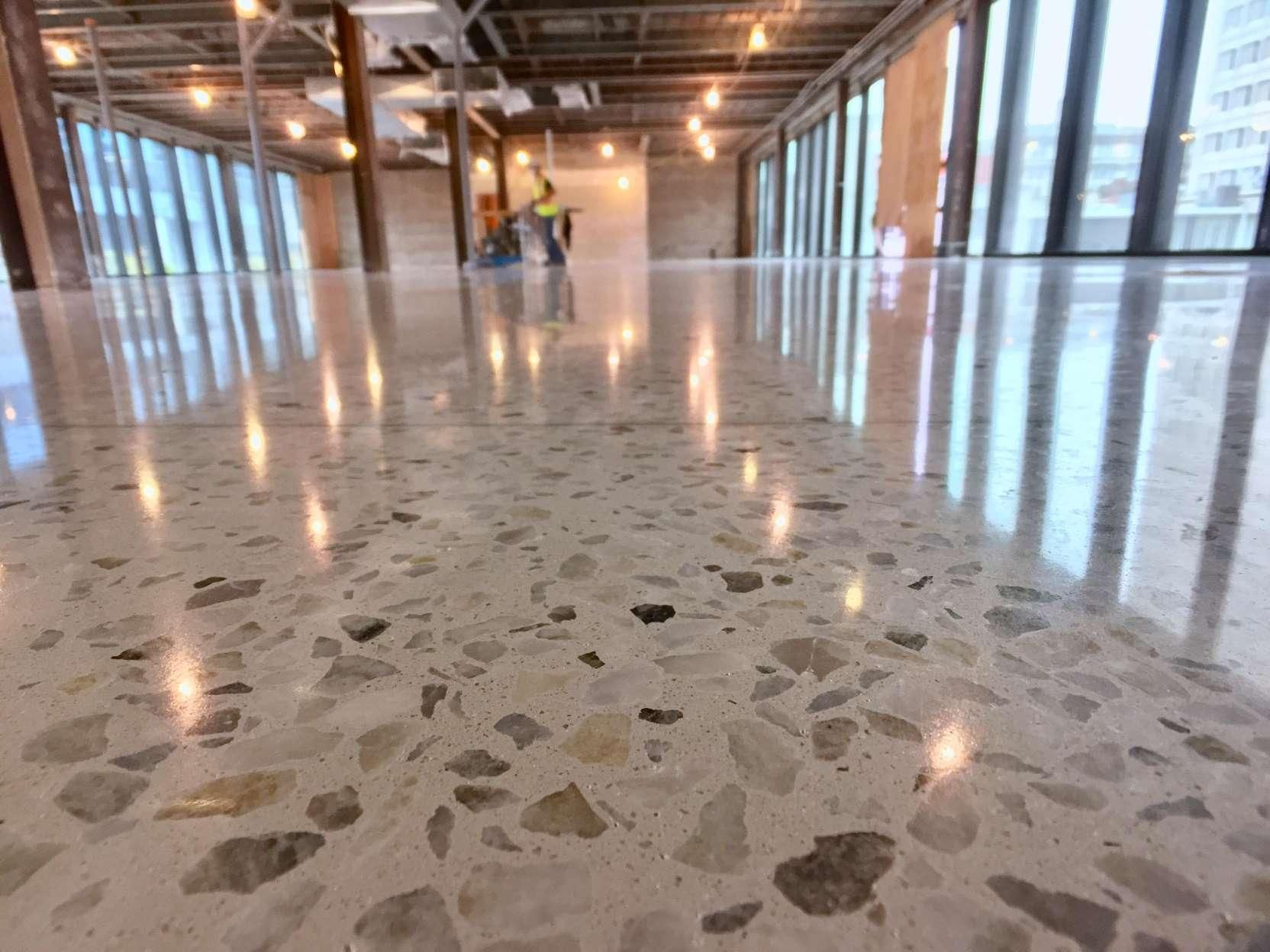 Are concrete floors hard on your feet with images