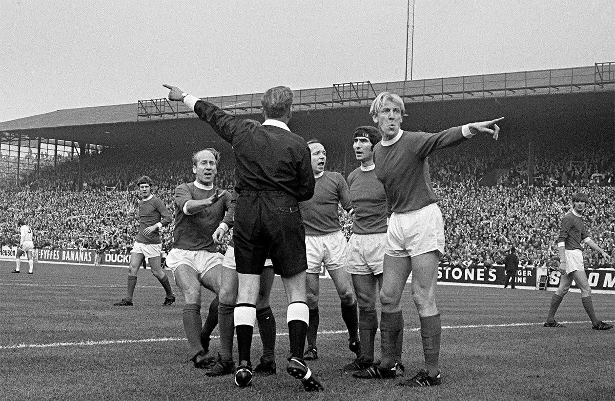 Pin by The Beautiful Game on Manchester United Football