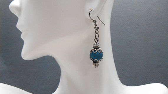 Gunmetal & round blue brushed earrings