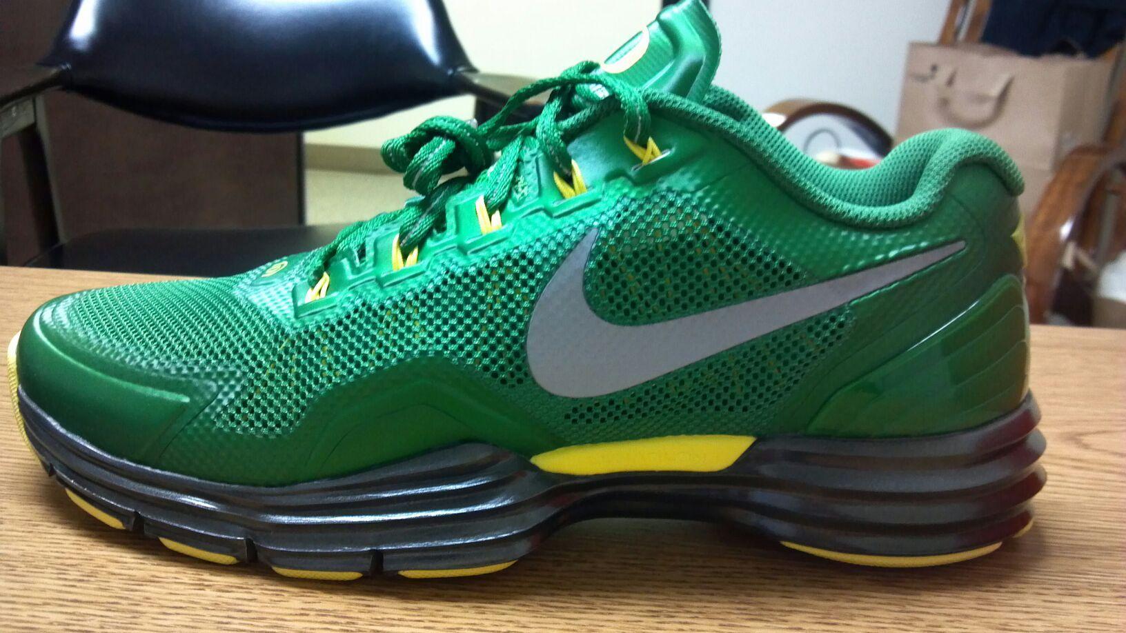 Oregon Duck Free Run Shoes