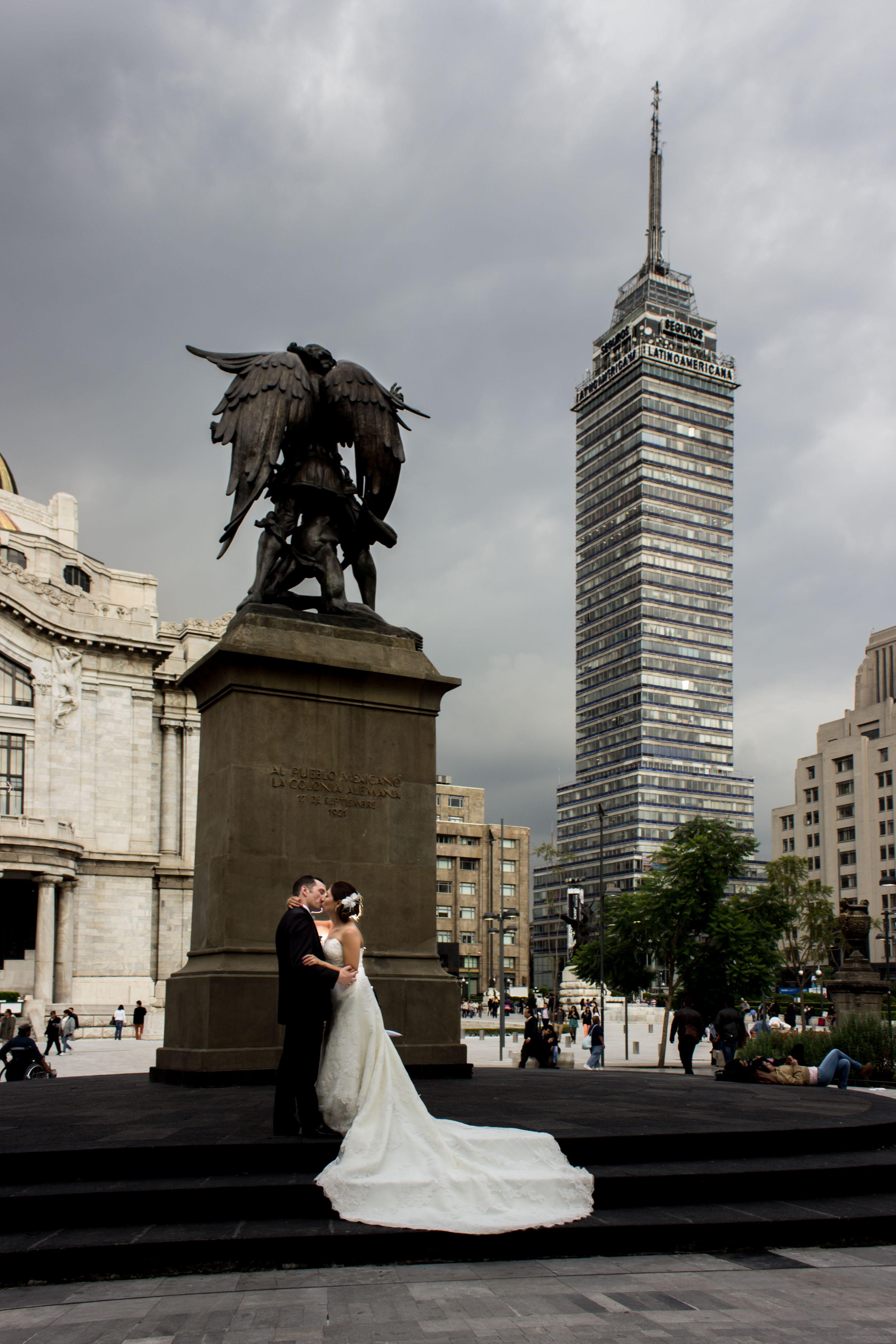 ilseandruben.com/ www.facebook.com/... instagram.com/... Twitter:@ilseandruben #ilseandruben Whatsapp: (044)55-10-24-69-20 Mexico DF #boda #bodas #weddings #mexico #smile #friends #bodasconestilo #love #bodasconencanto #brides #wedding #foto #weddingphotographer #photography #weddings #fotografia #weddinginspiration #fotografo #photoalbum #sesion #album #photographer #photobook #novia #fotografía #recepción #sesiondepareja #ideasdeboda