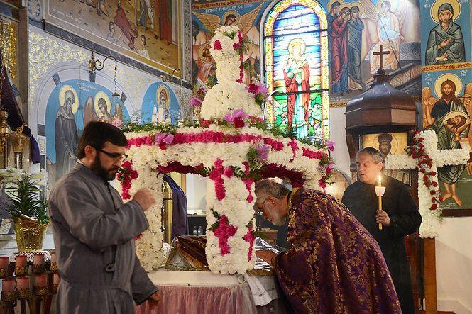 greek orthodox great friday | Good Friday service at