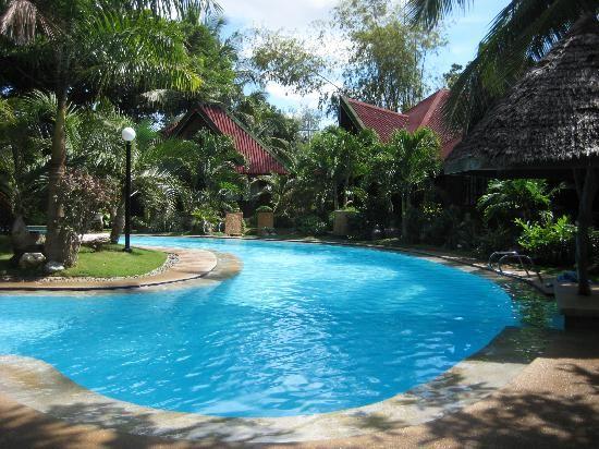b9b54a0e631e9 Tropical+Beach+Resorts