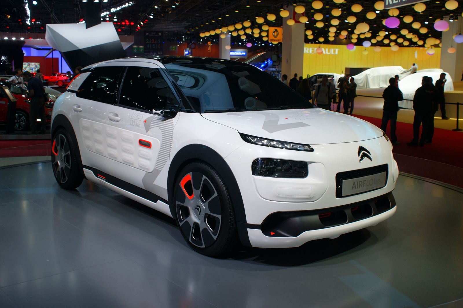 2017 citroen c4 cactus review specs price. Black Bedroom Furniture Sets. Home Design Ideas