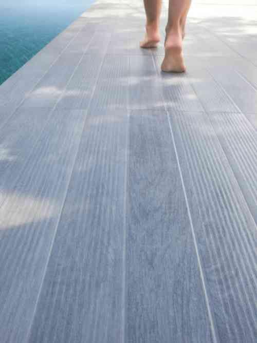 Carrelage extérieur  le bon style et le bon choix - photo terrasse carrelage gris
