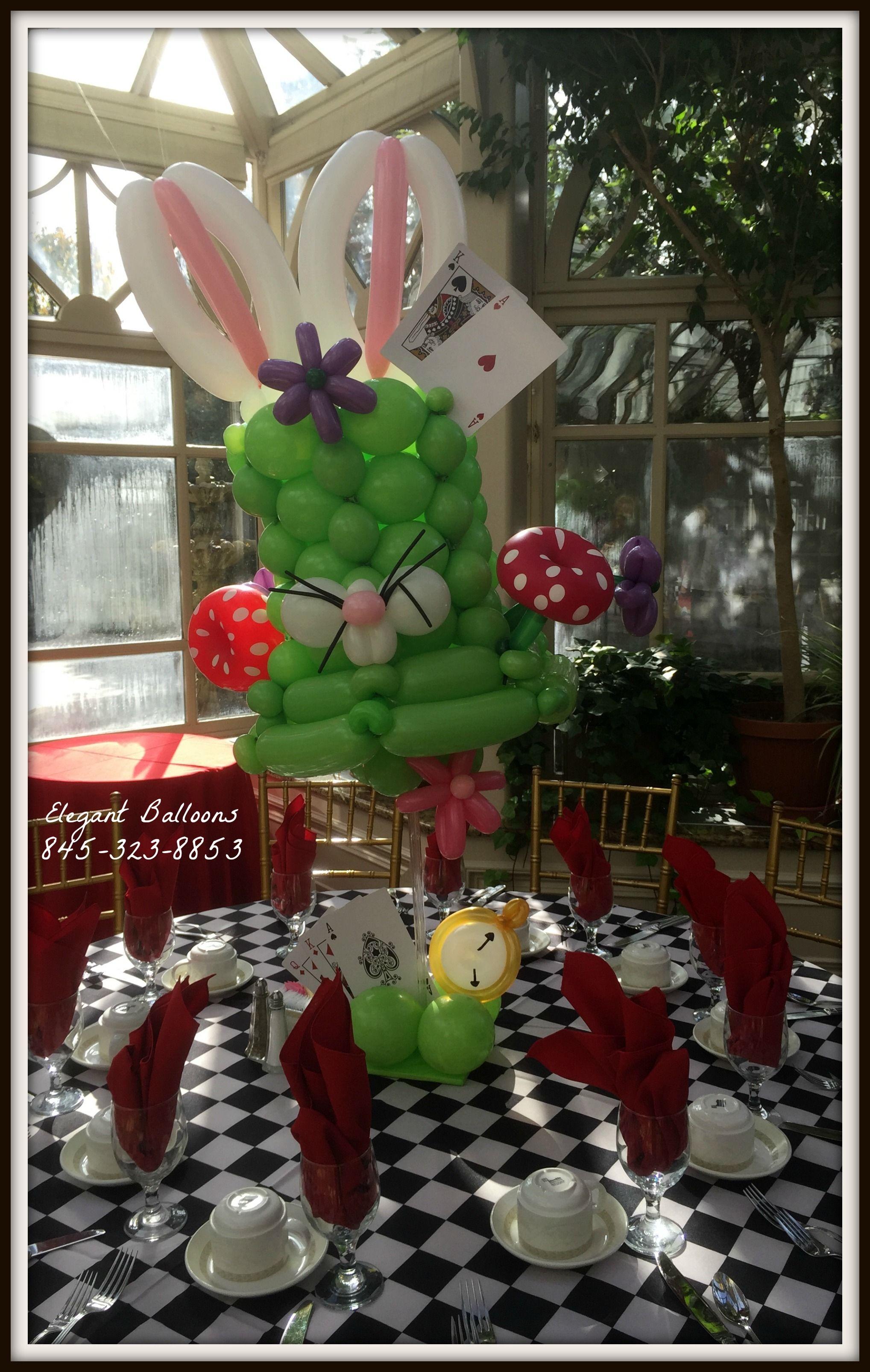 The Mad Hatter Centerpiece - Alice in wonderland #aliceinwonderland #elegantballoons