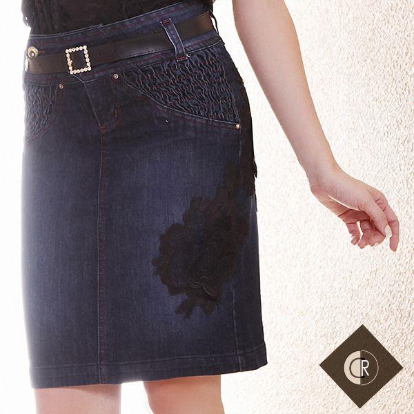Linda saia jeans com bordado