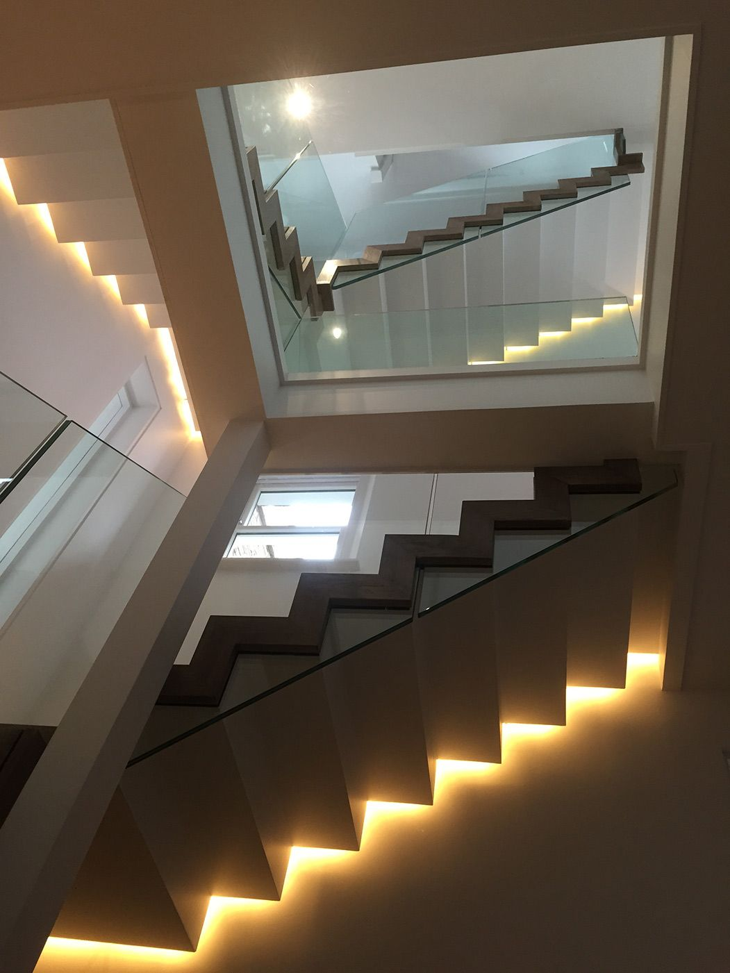 Best Putney 3 The Infinite Escher Staircase That Features Our 400 x 300