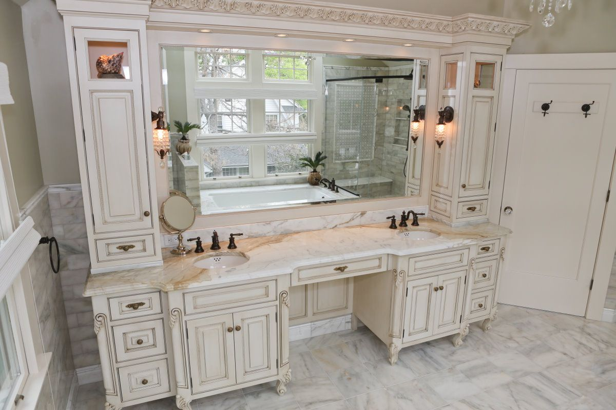Make Up Double Vanity Colonial Bath Double Sink And Make Up