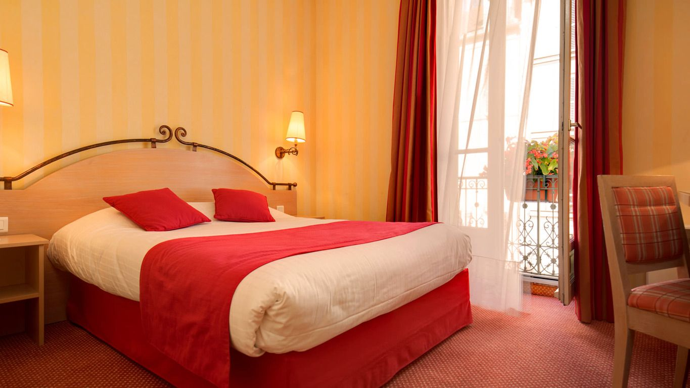 Boutique Hotel Delambre - Mini Suite with 2 bedrooms - 14th arrondissement - TOP PICK if not staying in 1-4 Arrondissement