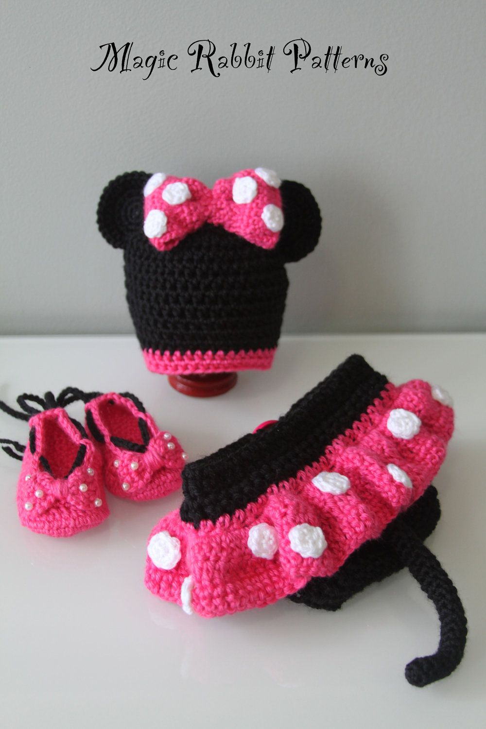 Free Crochet Pattern For Mickey Mouse Shoes : Crochet Minnie Mouse Hat, Diaper cover with Skirt and ...