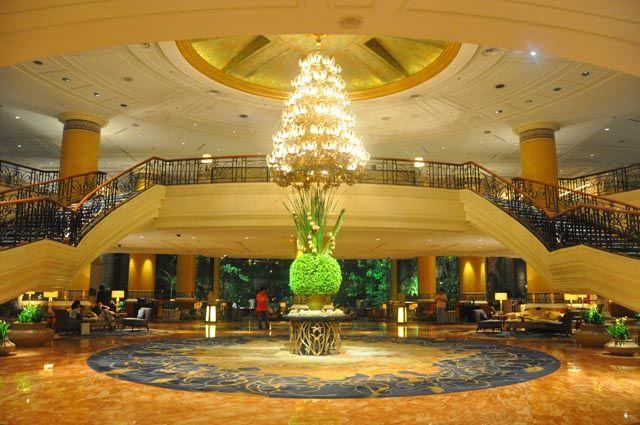 Shangri La Makati Lobby- Manila, Philippines